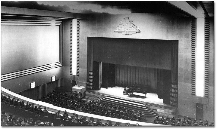 EatonsAuditorium1945